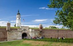 Torre de Sahat en la fortaleza de Kalemegdan, Serbia Foto de archivo