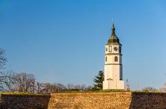 Torre de Sahat (reloj) de la fortaleza de Belgrado Fotografía de archivo