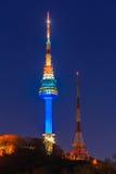 Torre de Seoul na noite em Seoul, Coreia do Sul Imagens de Stock