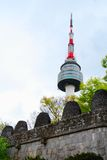 Torre de Seul durante d3ia foto de archivo