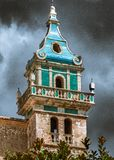 A torre de sino do monastério em Valldemossa fotos de stock royalty free