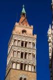 Torre de sino medieval com o batistério em Pistoia fotos de stock royalty free