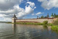 A torre de Svitochnaya fortificou o século XVI imagem de stock