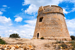 Torre de Torre de Sa Sal Rossa na cidade de Ibiza, Espanha Fotos de Stock Royalty Free