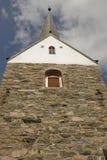 Torre de una iglesia. Fotos de archivo