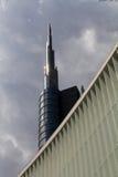 Torre de Unicredit Fotos de archivo libres de regalías