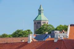 A torre de Valberg que negligencia Stavanger foto de stock royalty free