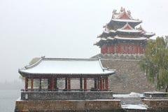 A torre de vigia da Cidade Proibida na neve Foto de Stock