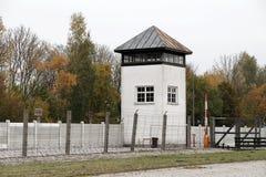 Torre de vigia no campo de concentração de Dachau Fotografia de Stock Royalty Free