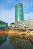 Torre de Westhafen em Francoforte - am - cano principal Imagens de Stock Royalty Free
