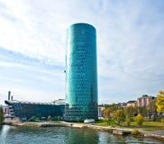 Torre de WESTHAFEN en la tubería de río Foto de archivo libre de regalías