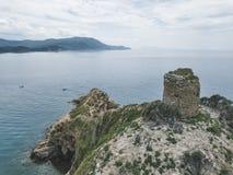 Torre Degli Appiani Νησί σε Punta ΑΛΑ Τοπίο της Ιταλίας στοκ εικόνες