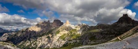 Torre Dei Scarperi i Dolomites Arkivbilder