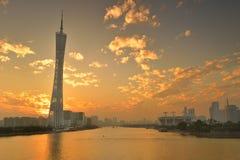Torre del cantón bajo puesta del sol imagen de archivo