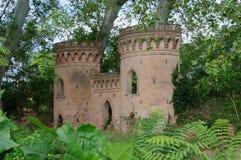 Torre del castello per i bambini del gioco Fotografie Stock Libere da Diritti