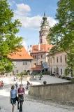 Torre del castillo de Cesky Krumlov, República Checa Foto de archivo libre de regalías