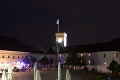 Torre del castillo en la noche Fotografía de archivo libre de regalías