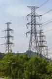 Torre del cavo elettrico di alto potere fotografia stock libera da diritti