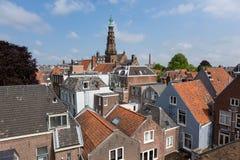 Torre del cityhall e dei tetti a Leida immagini stock libere da diritti