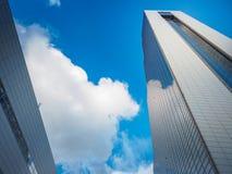 Torre del comercio de WTC Seul y centro del convenio y de exposición de Coex encendido Fotos de archivo