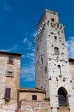 Torre del diavolo in Piazza della Cisterna at San Gimignano Stock Photography