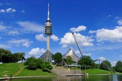 Torre del estadio del Olympiapark en Munich Fotografía de archivo libre de regalías