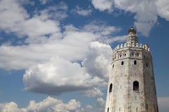Torre del Oro eller guld- torn (det 13th århundradet), Seville, Andalusia, sydliga Spanien Royaltyfri Foto