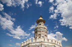 Torre del Oro eller guld- torn (det 13th århundradet), Seville, Andalusia, sydliga Spanien Royaltyfria Foton