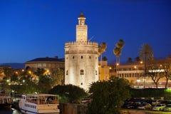 Torre del Oro bij Nacht in Sevilla Royalty-vrije Stock Afbeeldingen