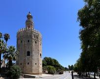 Torre del Oro o torre dorata (XIII secolo), un posto di guardia dodecagonale militare arabo medievale in Siviglia, Andalusia, Spa Fotografia Stock Libera da Diritti