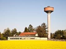Torre del país y de agua Fotografía de archivo