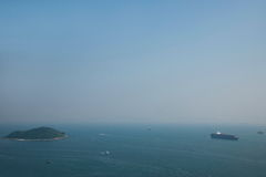 Torre del parque del océano del parque del océano que pasa por alto el mar del sur de China en la nave histórica foto de archivo