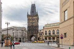 Torre del polvo en Praga foto de archivo