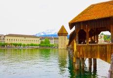 Torre del ponte e di acqua della cappella Lucerna - in Svizzera Immagini Stock Libere da Diritti