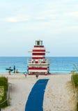 Torre del puesto avanzado de los salvavidas en la playa del sur, Miami Fotografía de archivo libre de regalías