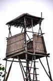 Torre del puesto de observación para cazar Fotografía de archivo libre de regalías
