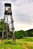 Torre del puesto de observación para cazar Imagen de archivo