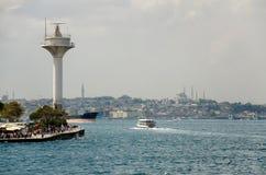 Torre del radar di servizio di traffico della nave Fotografia Stock Libera da Diritti