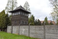Torre del reloj de Auschwitz I Birkenau Imágenes de archivo libres de regalías