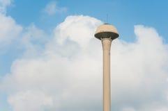 Torre del tanque de agua de la fuente Fotografía de archivo