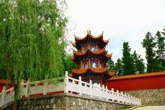 Torre del Tempio-fondatore di Mudanjiang Yuantong per il cutti Immagine Stock