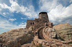 Torre dell'allerta del fuoco del picco di Harney in Custer State Park nel Black Hills del Sud Dakota Immagine Stock