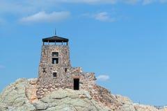 Torre dell'allerta del fuoco del picco di Harney in Custer State Park nel Black Hills del Sud Dakota Immagini Stock