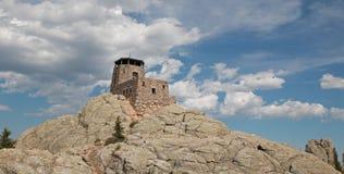 Torre dell'allerta del fuoco del picco di Harney in Custer State Park nel Black Hills del Sud Dakota Fotografie Stock