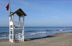 Torre dell'allerta della spiaggia Immagini Stock Libere da Diritti