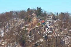 Torre dell'allerta di altezza del ` s di Peter a Karlovy Vary, repubblica Ceca Immagini Stock Libere da Diritti