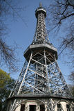 Torre dell'allerta di Petrin a Praga, repubblica Ceca Fotografia Stock