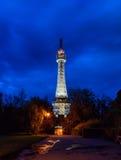 Torre dell'allerta di Praga con l'illuminazione di notte Fotografie Stock Libere da Diritti