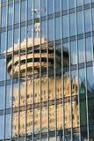 Torre dell'allerta di Vancouver riflessa in finestre Fotografia Stock Libera da Diritti