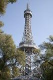 Torre dell'allerta, parco della collina di Petrin, Praga Immagini Stock Libere da Diritti